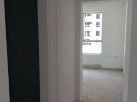 金泰华府127平米三居二卫2楼4200元可办一手贷款