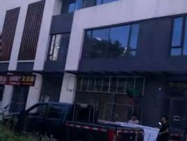 滨江西区门面房单价11500每个平方  一手直签房楼上楼下两